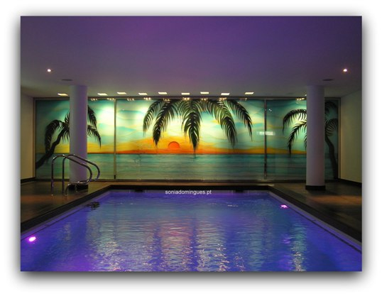 Stained Glass - Interior Pool - Tropical Scenery with Chromoterapy 2
