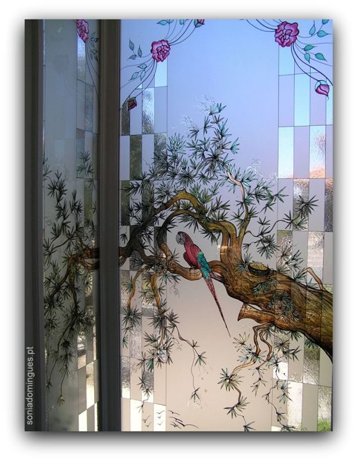 Stained Glass - Roses & Arara Bird in Bonsai 2